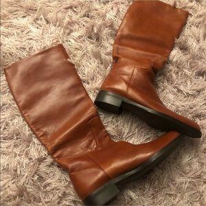 New Adrienne vittadini boots.size 6.5